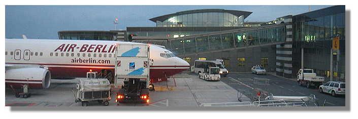 [Foto:flughafen-ankunft.jpg]