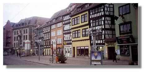 [Foto:erfurt-domplatz.jpg]