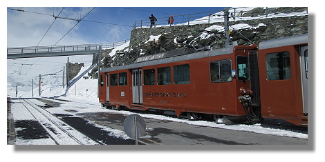 [Foto:gornergrat-eisenbahn-bahnhof.jpg]