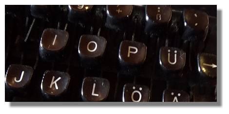 [Foto:schreibmaschine-tasten.jpg]