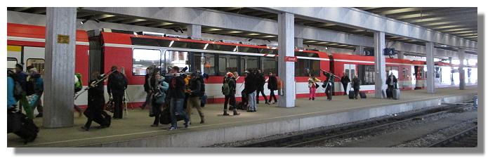 [Foto:zermatt-eisenbahn-ankunft.jpg]