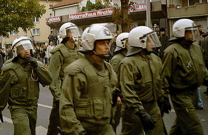 [Foto:okt-2000-heiliger-weg.jpg]