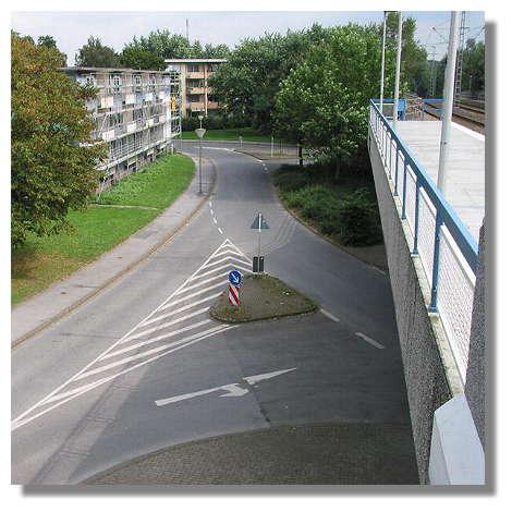 [Foto:haltestelle-gleiwitzstrasse.jpg]