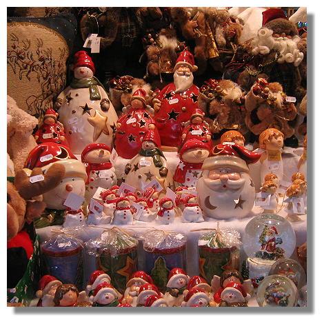 [Foto:weihnachtsmarkt-auslagen.jpg]