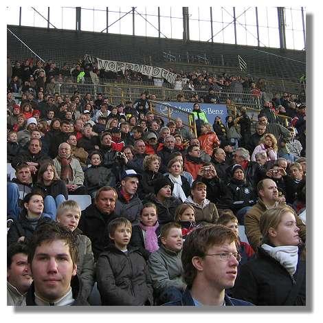 [Foto:wm2006-stadion-publikum.jpg]
