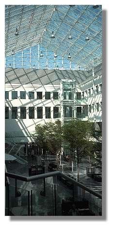 [Foto:schalterhalle-stadtsparkasse.jpg]