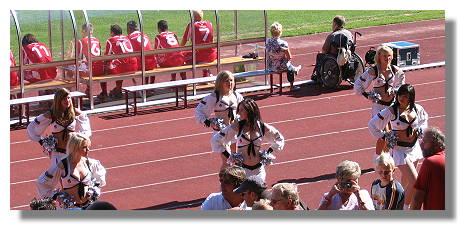[Foto:das-wunder-von-bern-rewe2006-cheerleader.jpg]