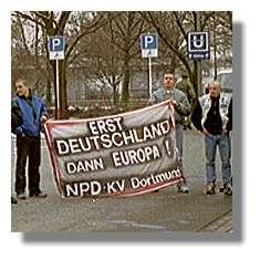 [Foto:mar-2001-npd-kreisverband-dortmund.jpg]