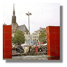 [Foto:okt-2000-hansaplatz.jpg]