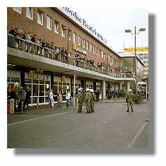 [Foto:okt-2000-hauptbahnhof.jpg]