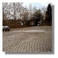 [Foto:bahnhofsplatz-aplerbeck-sued.jpg]