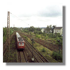 [Foto:hoerde-bahnhofseinfahrt.jpg]