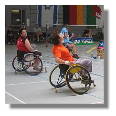 [Foto:rolli-badminton.jpg]