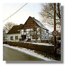 [Foto:winterliche-wannestrasse.jpg]