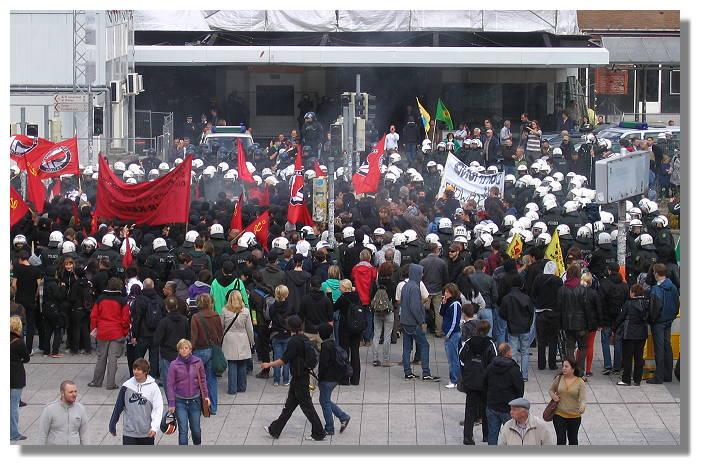 [Foto:sep-2009-konflikt-hauptbahnhof.jpg]